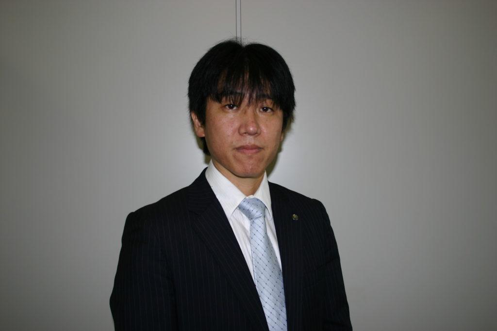 石井 雄太 氏